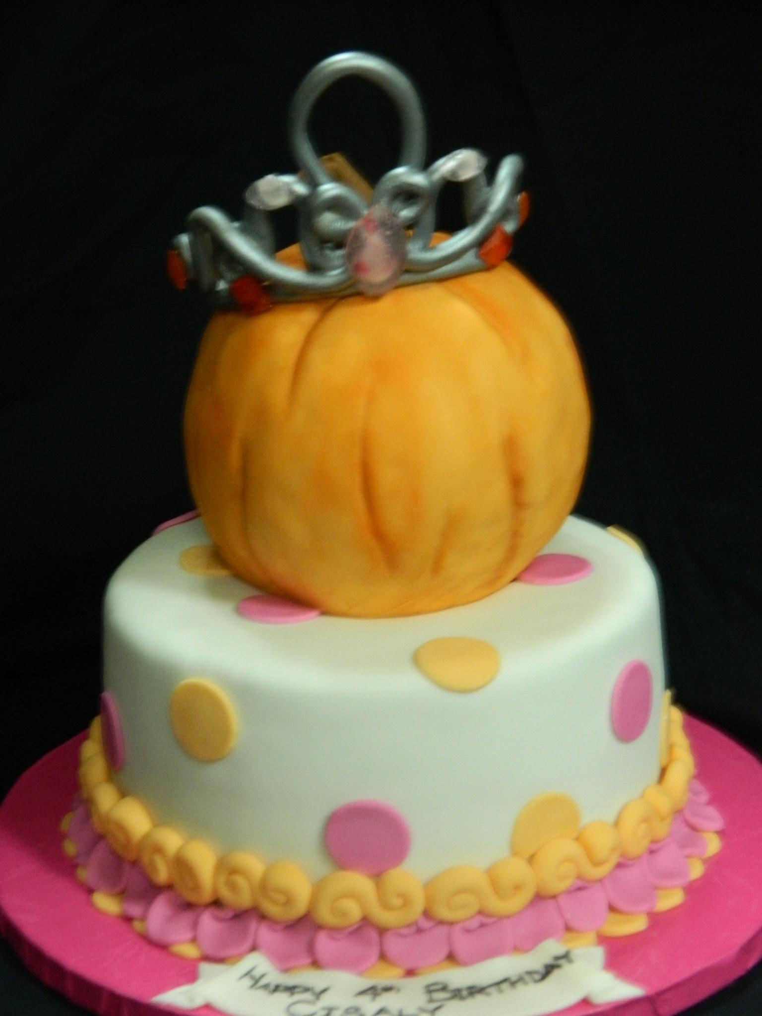 Custom Cakes - Hey, Cupcake! London Ontario