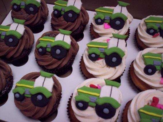 John Deere Cupcakes Hey Cupcake